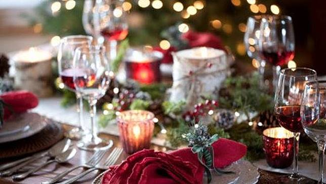 ilustrasi makan malam saat Natal.
