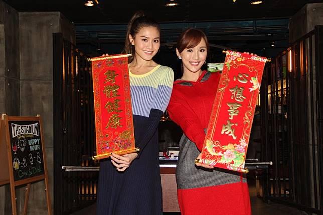 周秀娜(左)和陳靜均由模界轉型做演員,故特別明白雙方的感受。