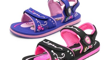 時尚拖鞋推薦!各大品牌個性拖鞋讓你穿出質感與態度