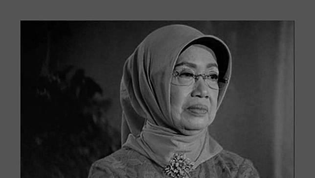 Ibunda Jokowi, Sudjiatmi Notomiharjo, meninggal dunia di Solo. (Foto: Instagram @jokowi)