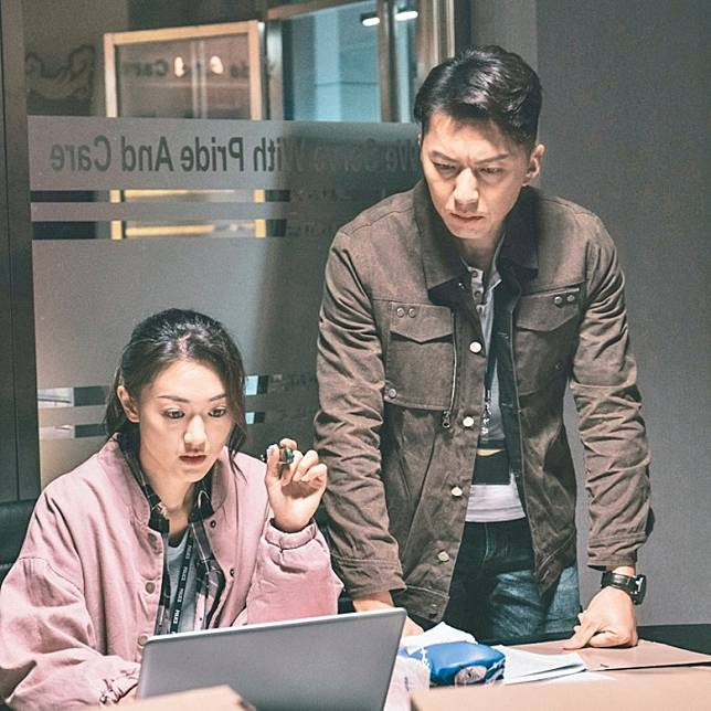 近年獲無綫力捧拍劇,曾與男友袁偉豪合演《鐵探》。