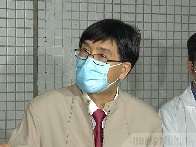 袁國勇說,社區疫情爆發,有感染者入院時未必被察覺,建議加強檢測。(港台圖片)
