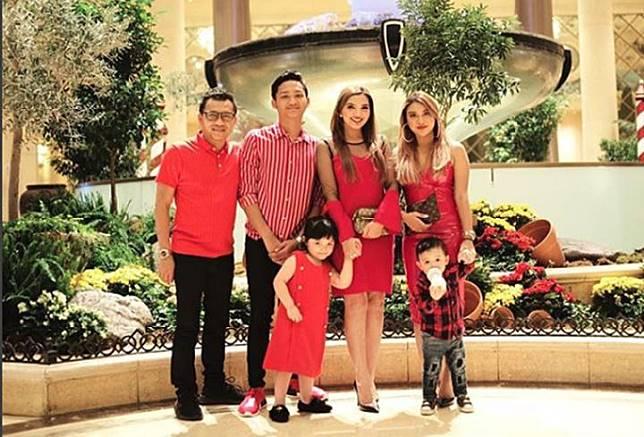 Ashanty dan keluarga saat berlibur  di Las Vegas, Amerika Serikat. (Instagram)