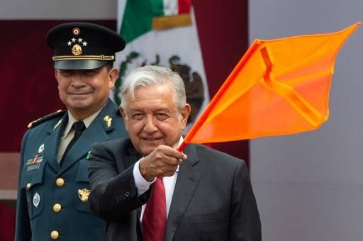 ประธานาธิบดีแอนเดรส มานูเอล โลเปซ โอบราดอร์ แห่งเม็กซิโก ประกาศว่า ทุกสิ่งที่ยึดมาได้จากอาชญากร จะต้องคืนให้ประชาชน Pedro PARDO / AFP
