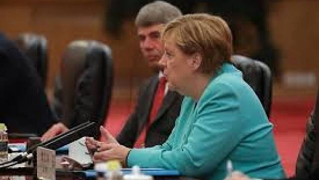 นายกรัฐมนตรีเยอรมนีเรียกร้องให้แก้ไขปัญหาในฮ่องกงอย่างสันติ