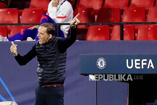 Reaksi pelatih kepala Chelsea Thomas Tuchel saat pertandingan perempatfinal Liga Champions UEFA, pertandingan sepak bola leg kedua antara Chelsea FC dan Porto FC di stadion Ramon Sanchez Pizjuan di Seville, Andalusia, Spanyol, 13 April 2021.