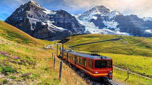 7 Kota Paling Menakjubkan di Swiss, Lanskap Pegunungannya Bagai Potret dalam Kartu Pos