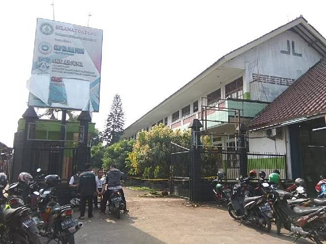 Kondisi SMK Izzata-Arjuna pasca diserang gerombolan massa tak dikenal, Rabu, 16 Oktober 2019 sekitar pukul 05.00. TEMPO/Ade Ridwan
