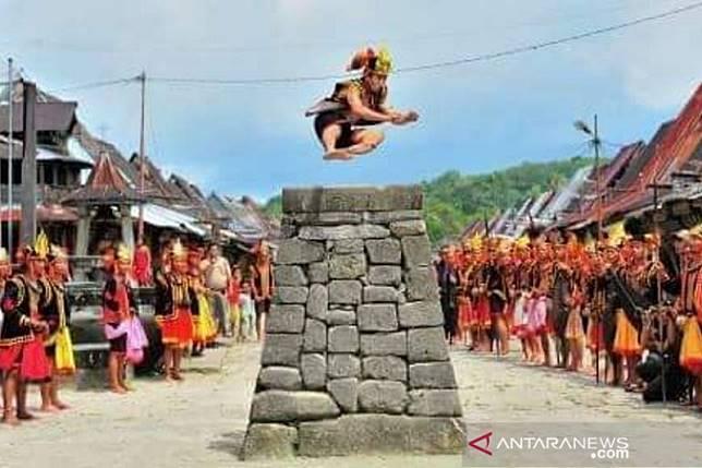 Destinasi Wisata Di Gunungsitoli Terbaru 2019