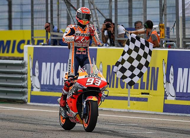 Marc Marquez yang menang dengan keunggulan yang cukup jauh di MotoGP Aragon, mengaku balapan berjalan sesuai dengan strategi yang ia persiapkan