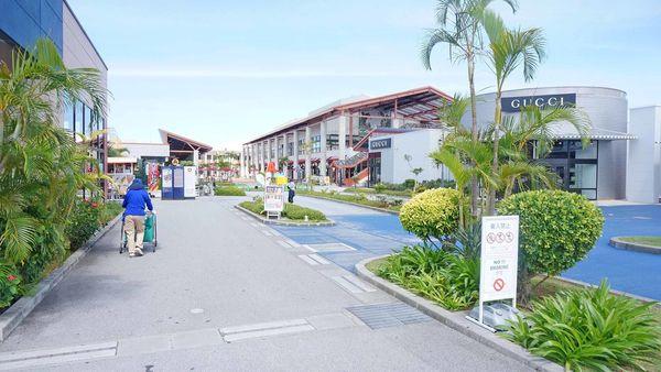 【沖繩購物】沖繩Outlet購物城 ASHIBINAA-沖繩旅遊必逛OUTLET購物行程