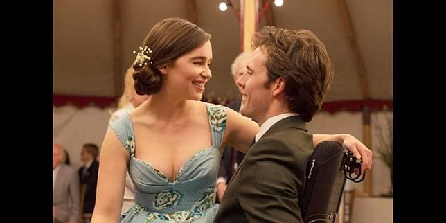 Sinopsis Film Me Before You Emilia Clarke Kembalikan Semangat Kekasih Yang Putus Asa Kompas Com Line Today
