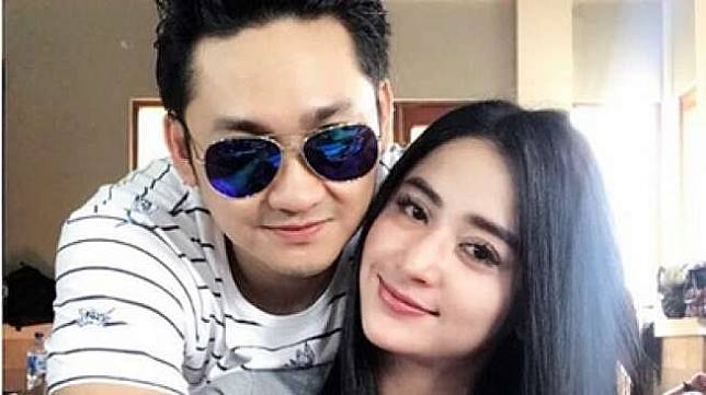Dewi Perssik dan Angga Sudah Menikah 10 September di Jember