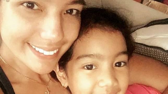 Sheila Marcia dan Leticia (Instagram @maria.c.joseph)