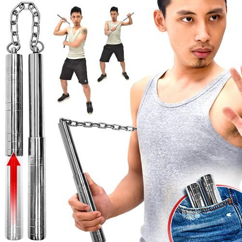 商品規格:展開規格:總長68.5 cm棍身規格:單截長25x直徑2.4 cm重量:400 g主要材質:不鏽鋼----------------------------------------------