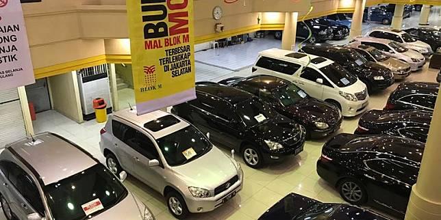 Daftar Mobil Bekas Di Bawah Rp 50 Jutaan Mulai Panther Hingga Corolla Kompas Com Line Today