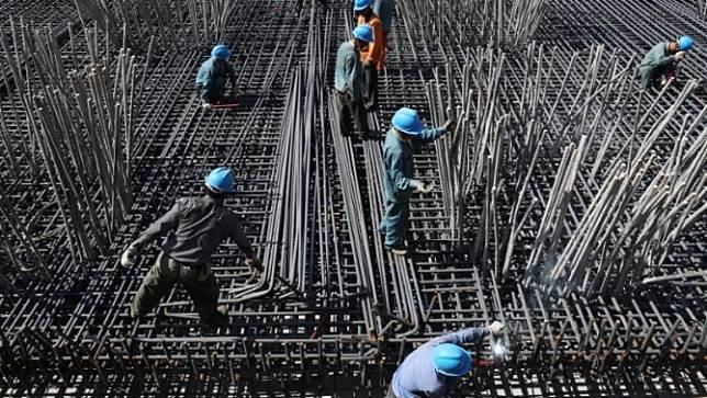 จีนระบุจำเป็นต้องสร้างสมดุลทั้งการเติบโตทางเศรษฐกิจและการป้องกันความเสี่ยง