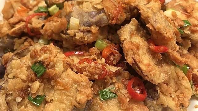 Santap Makan Malam Dengan Terong Crispy Cabai Garam Begini Resepnya Herstory Line Today