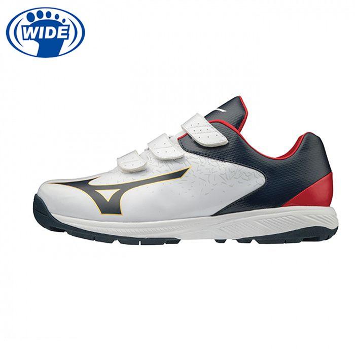 型號:11GT192342材質:.鞋面:人工皮革.大底:橡膠大底重量:約245g (27.0cm單腳).AEROHUG鞋面,恰到好處的包覆性。.適合投球、打擊、跑動訓練用高抓地力大底。商品有任何問題都