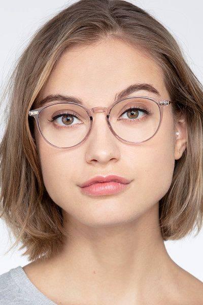 7 Tips Memilih Kacamata Untuk Bentuk Wajah Mungil Dan Kecil Womantalk Com Line Today