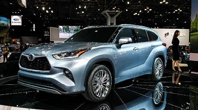 Toyota Highlander semakin canggih. Sumber: motor1.com