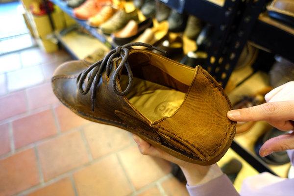 好穿手工鞋-皮克米台灣手工鞋,台灣製真皮手工鞋,手工休閒鞋台北,網購休閒皮鞋推薦,棒球手套材質特殊腳型、特殊需求手工防滑氣墊鞋