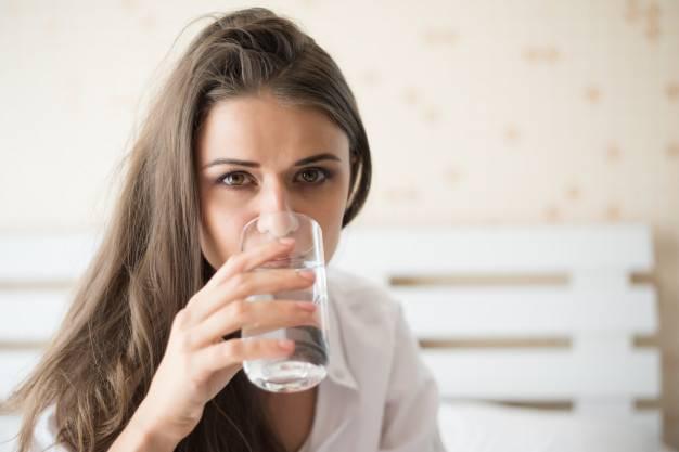 Overhidrasi, Ini Bahayanya Minum Air Berlebihan!