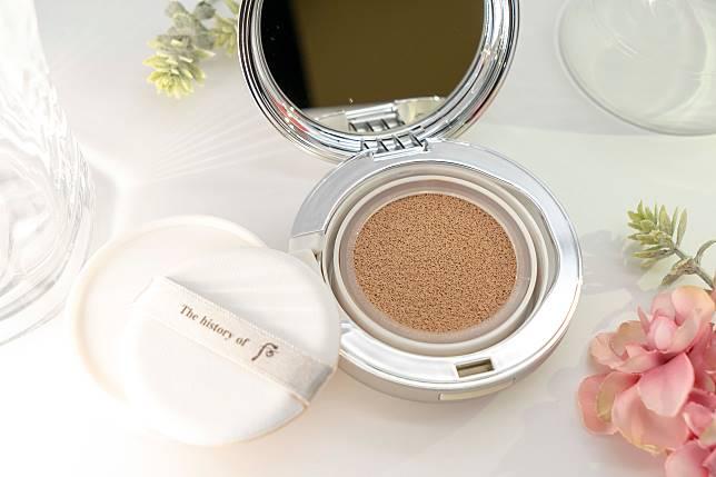 集美白、防曬保護及改善肌膚皺紋三大功能於一身,化妝同時又可以護膚。