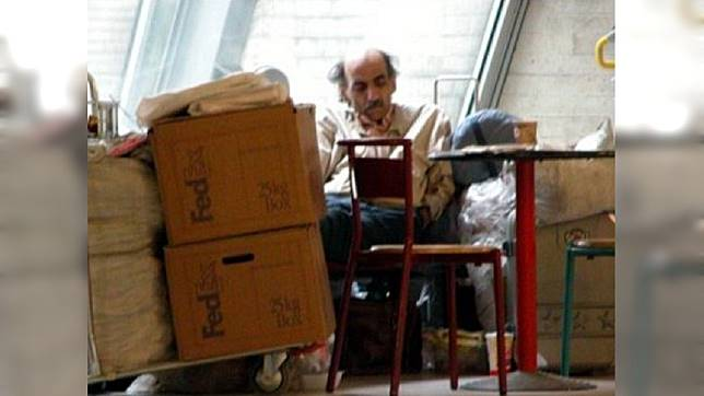 納薩里在法國戴高樂機場一住就是18年,他的故事也被翻拍成好萊塢電影。圖/翻攝維基百科