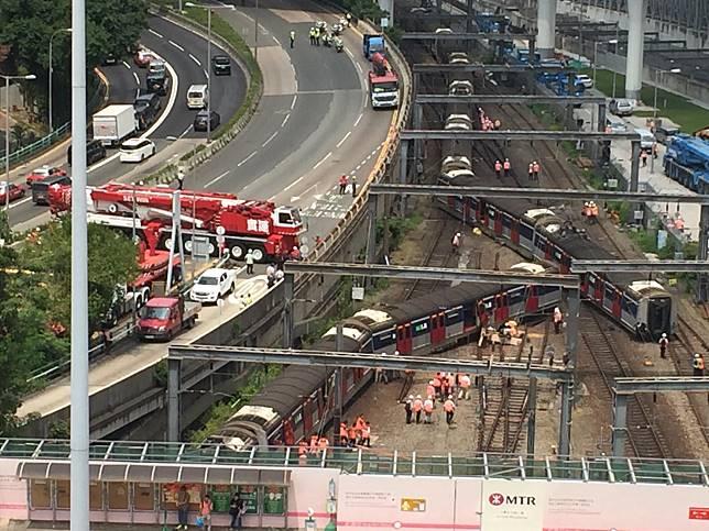 一列東鐵列車早上在紅磡站附近出軌。