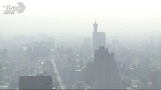空氣污染嚴重。圖/TVBS