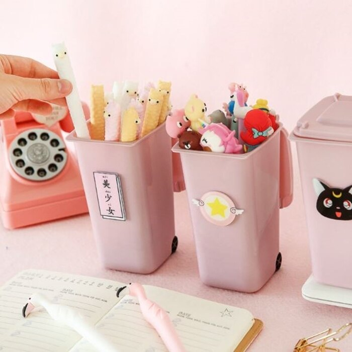 [Hare.D] 垃圾桶造型筆筒 少女心可愛粉色桌面收納盒 鉛筆 原子筆 造型筆 化妝刷 筷子收納