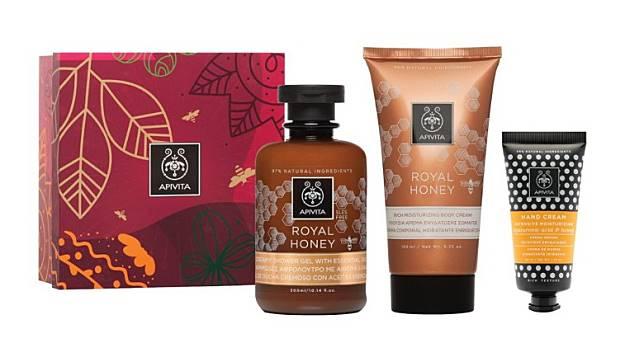 APIVITA王牌蜂蜜淋浴露及潤膚乳套裝:讓甜甜的蜂蜜伴隨你一整天,由沐浴露到潤膚霜都是甜蜜的味道。(互聯網)
