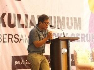 Istana Ogah Bendung Rocky Gerung Cs Bikin New KPK