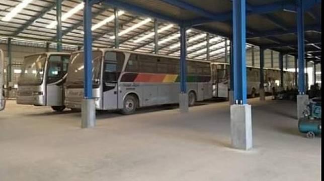 Bus Sinar Jaya. (Facebook/Cindy Tralala)