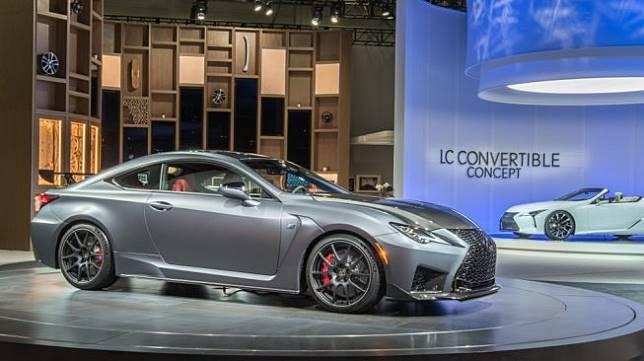 Lexus RC F 2020 yang dipamerkan di Detroit Motor Show 2019 [Shutterstock].