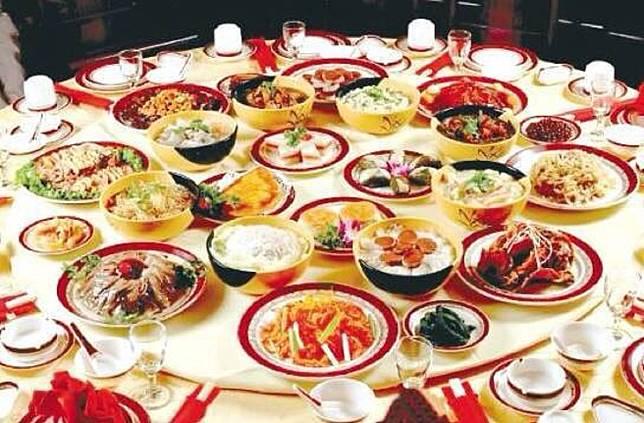 ▲中式年菜價格比日式年菜貴得多,但老饕表示很值得。(示意圖/翻攝推特)