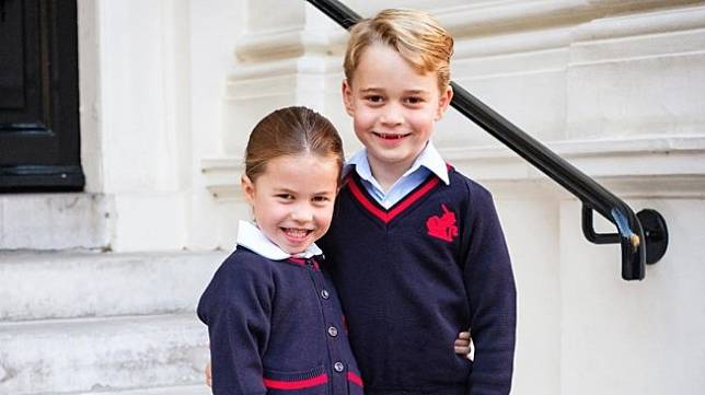 Pangeran George dan Putri Charlotte. (Instagram/@kensingtonroyal)