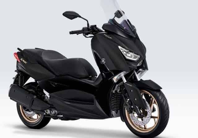 Yamaha XMAX dan Aerox Kini Masuk Varian Signature