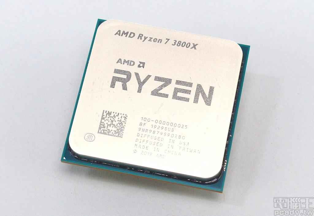 ▲ Ryzen 7 3800X 處理器,實體八核心十六執行緒設計,基礎時脈 3.9GHz、最高自動超頻時脈 4.5GHz,劃分在 TDP 105W 等級。