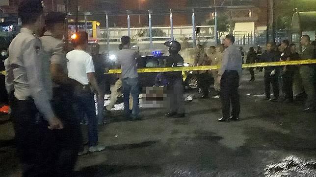 Kronologi Penusukan 2 Anggota Brimob di Masjid Dekat Mabes Polri