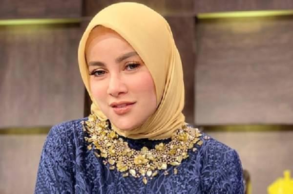Berhijab, Olla Ramlan Sudah Berkeinginan Hijrah Sejak Setahun Lalu