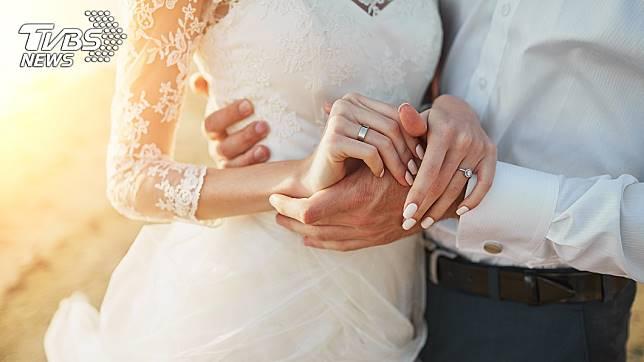 許多單親媽媽離婚要再找第二春,總是有很多考量和顧慮。(示意圖/TVBS)