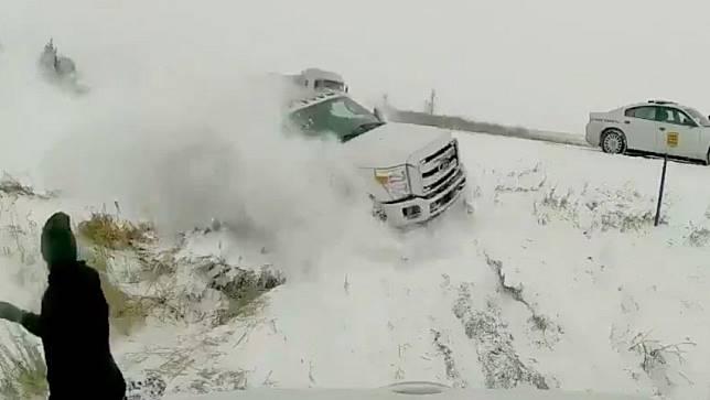 """""""สโนว์มาเกดดอน""""หายนะหิมะถล่มอเมริกาเหนือ"""