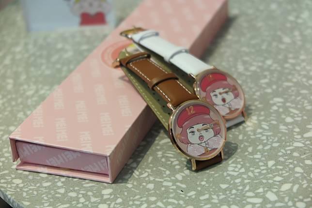 美美心情唇色轉換系列手錶(粉紅/咖啡/純白色)$499