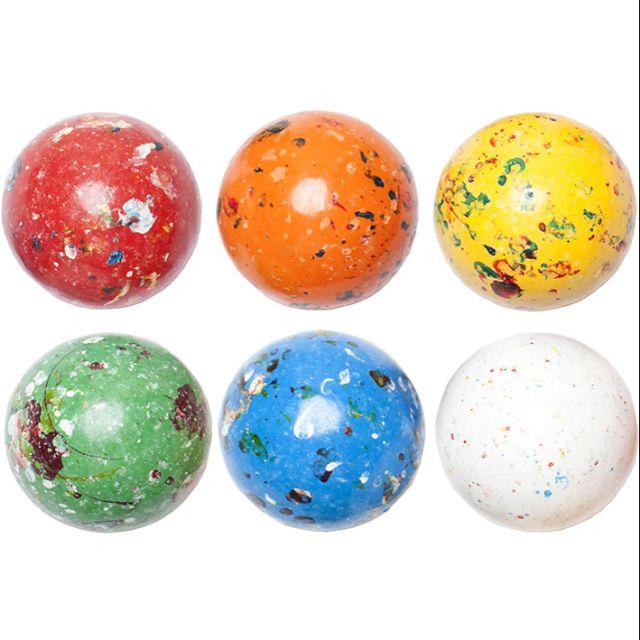 """""""一顆糖,拯救你的發音,讓你靠講話就讓異性神魂顛倒。""""外觀像被星空包覆著,彷彿是從銀河系取回來的 #正音糖 ,也稱作 #星球糖#jawbreaker ,糖果的內心卻像 #彩虹 般一層又一層,每一層都有"""