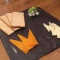 チーズ4種盛り合わせ - 実際訪問したユーザーが直接撮影して投稿した新宿イタリアンCONA 新宿店の写真のメニュー情報