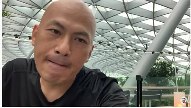 Police launched a probe after Alex Yeung, a pro-Beijing restaurateur known for his anti-protest tirades on YouTube, organised the gathering last month in a bar with a handful of people, mostly Hong Kongers.