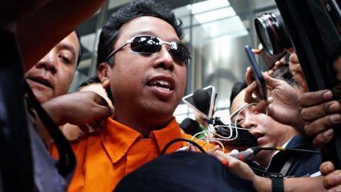 Romahurmuziy saat keluar dari Gedung KPK. Foto: Helmi Afandi/kumparan