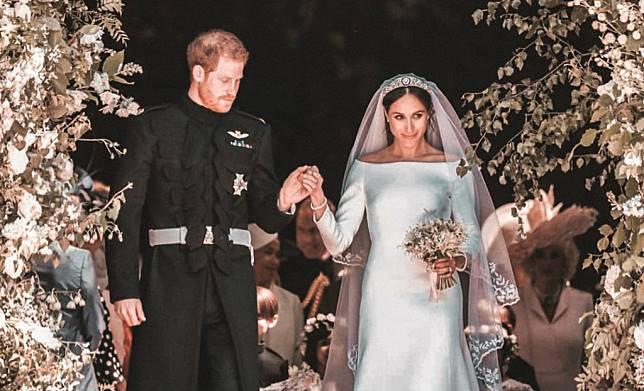 5 Hal yang Dilakukan Pangeran Harry di Pernikahannya dengan Meghan Markle Ini Bikin Netizen Baper